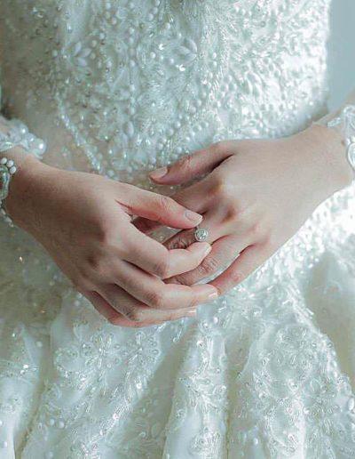 Bride Hannah