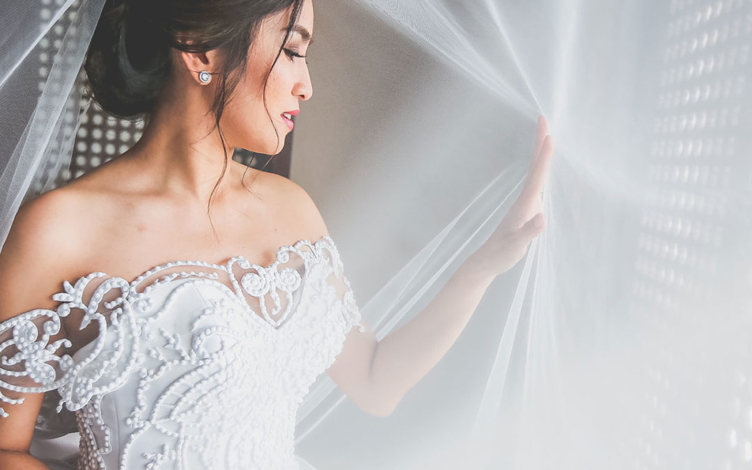 Zandra's Tips on How To Properly Care For Your Bridal Gown Before The Wedding Day